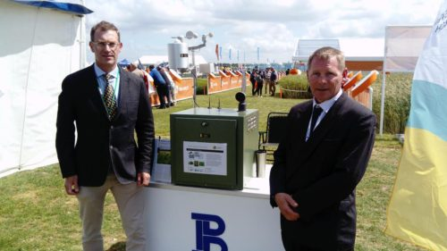 Prof. Jon West, Rothamsted Research (left) and Stuart Wili, Burkard Manufacturing Company Ltd (right) demonstrate the DNA auto spore trap at the Cereals 2018 event.
